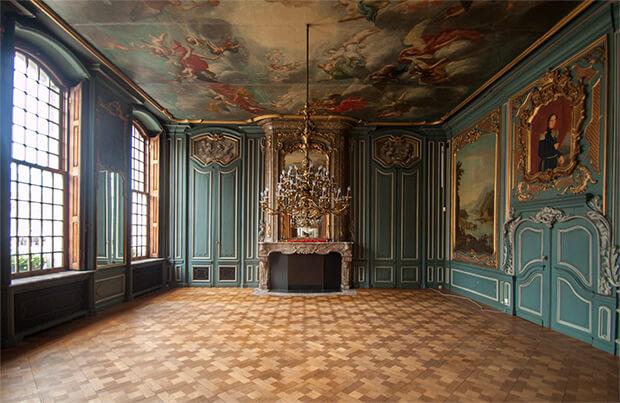 sfeervolle kamer houten vloer